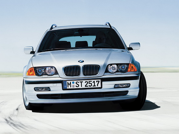 BMW_E46_Touring_Press_Photos_001.jpg