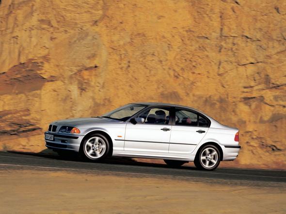 BMW_E46_Sedan_Press_Photos_001.jpg