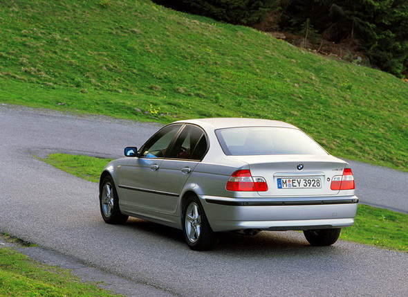 BMW_E46_Sedan_Press_Photos_021.jpg